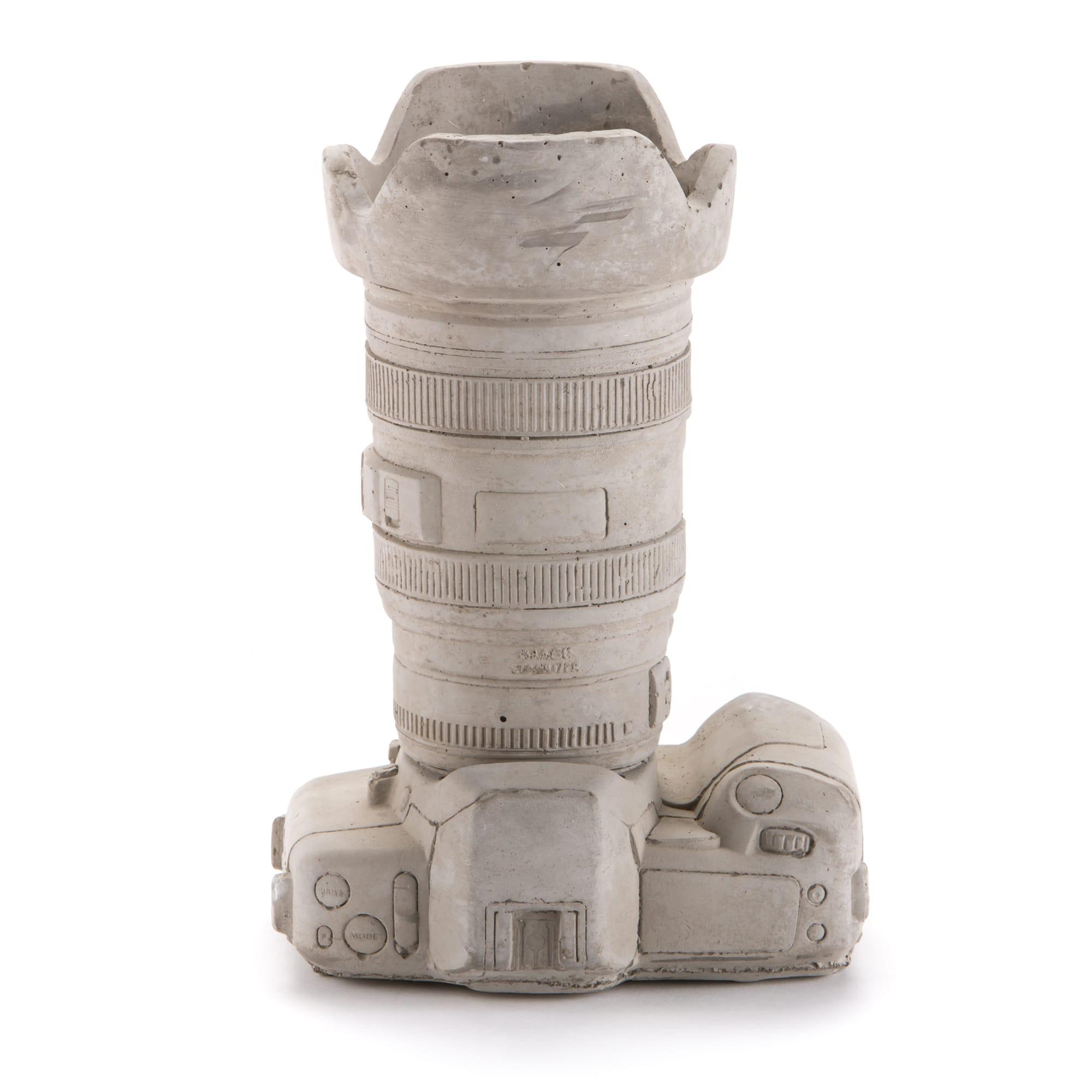 Concrete Vase #Camera2