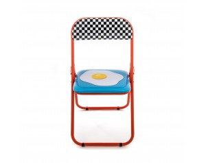 Folding Chair Egg